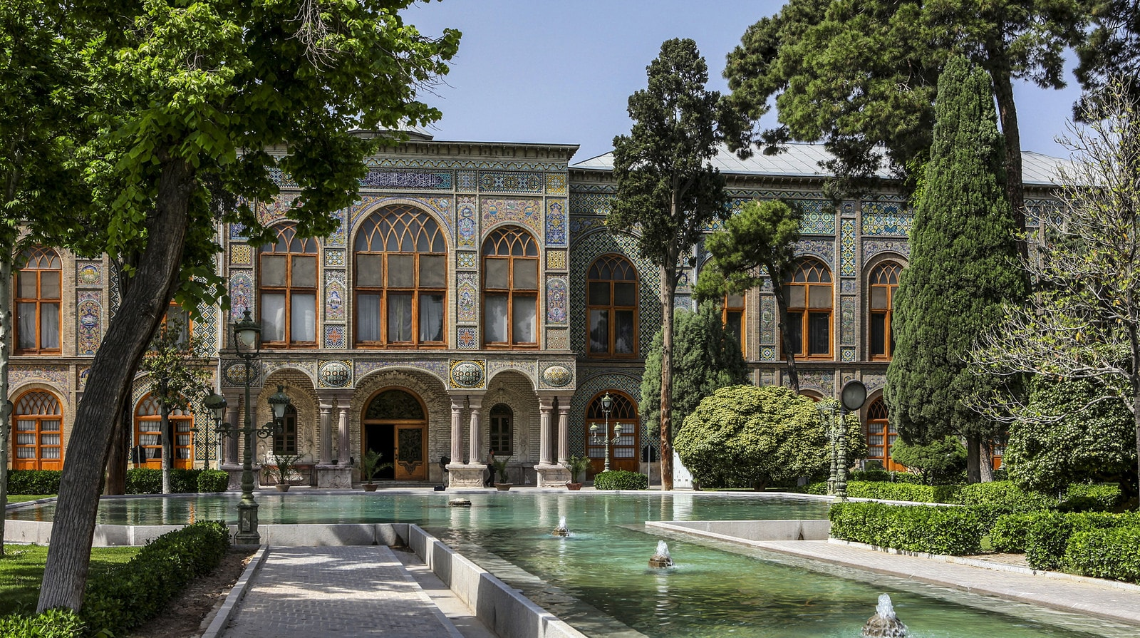 Golestan Palace is a masterpiece of the Qajar dynasty | © Ninara / Flickr