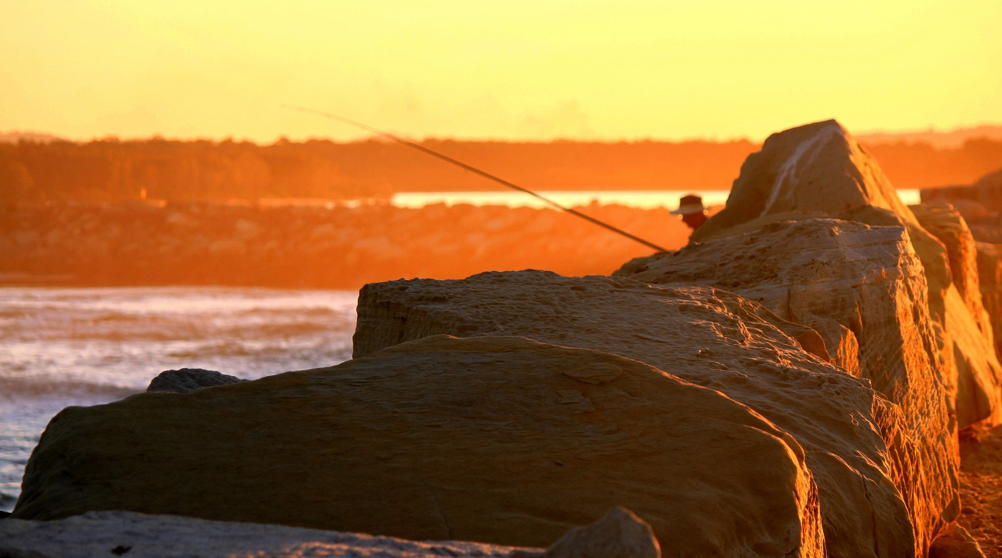 Sunset Fishing at Yamba © Flickr / Graham Cook