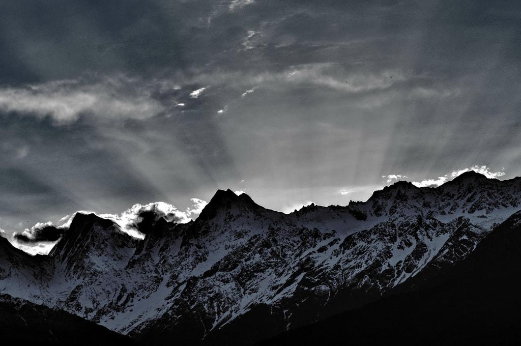 Sunrise as seen from Munsiyari