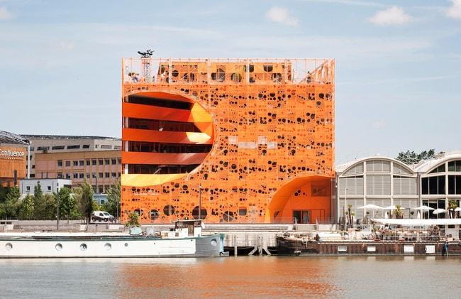 251 a Orange Cube