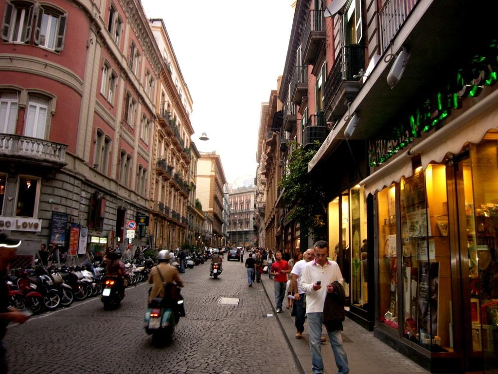 Via Chiaia is where to go for designer shops   © deglispiriti/Flickr