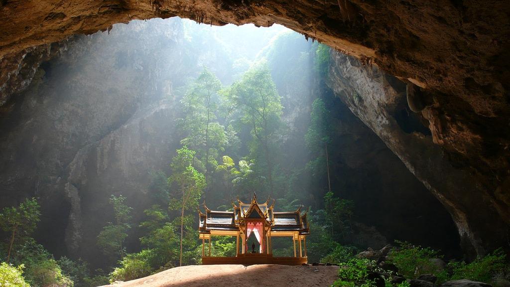 Phraya Nakhon Cave | © Bethany Ciullo / Flickr