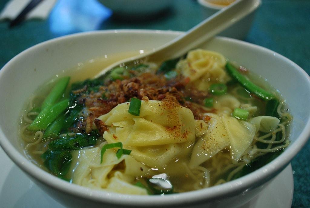 Wonton Noodles | © Alpha / Flickr