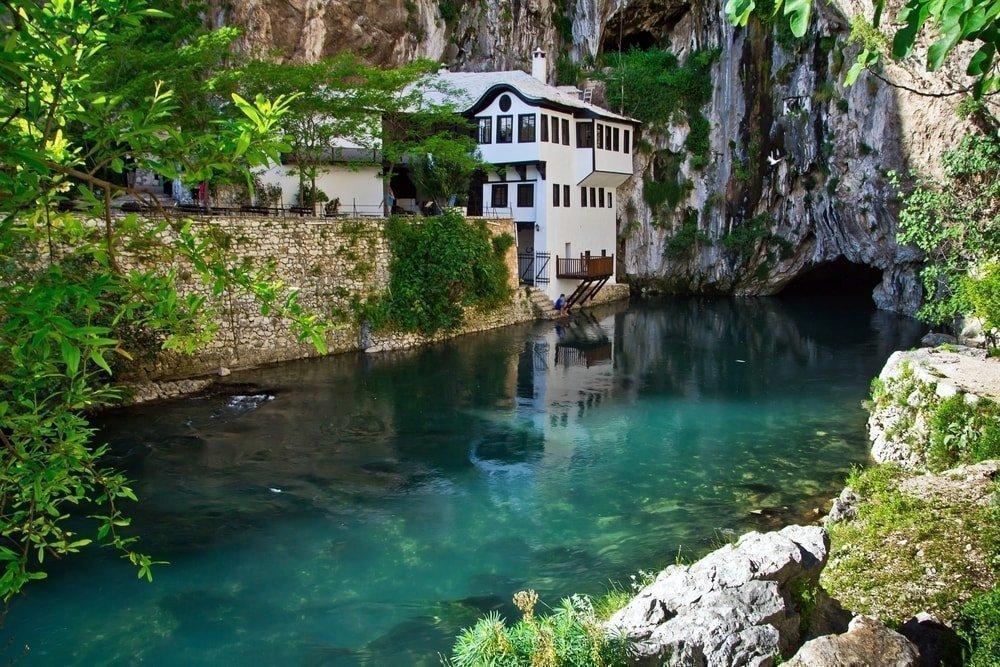 Dervish house on Buna spring, Bosnia and Herzegovina | © Alex Marakhovets/Shutterstock