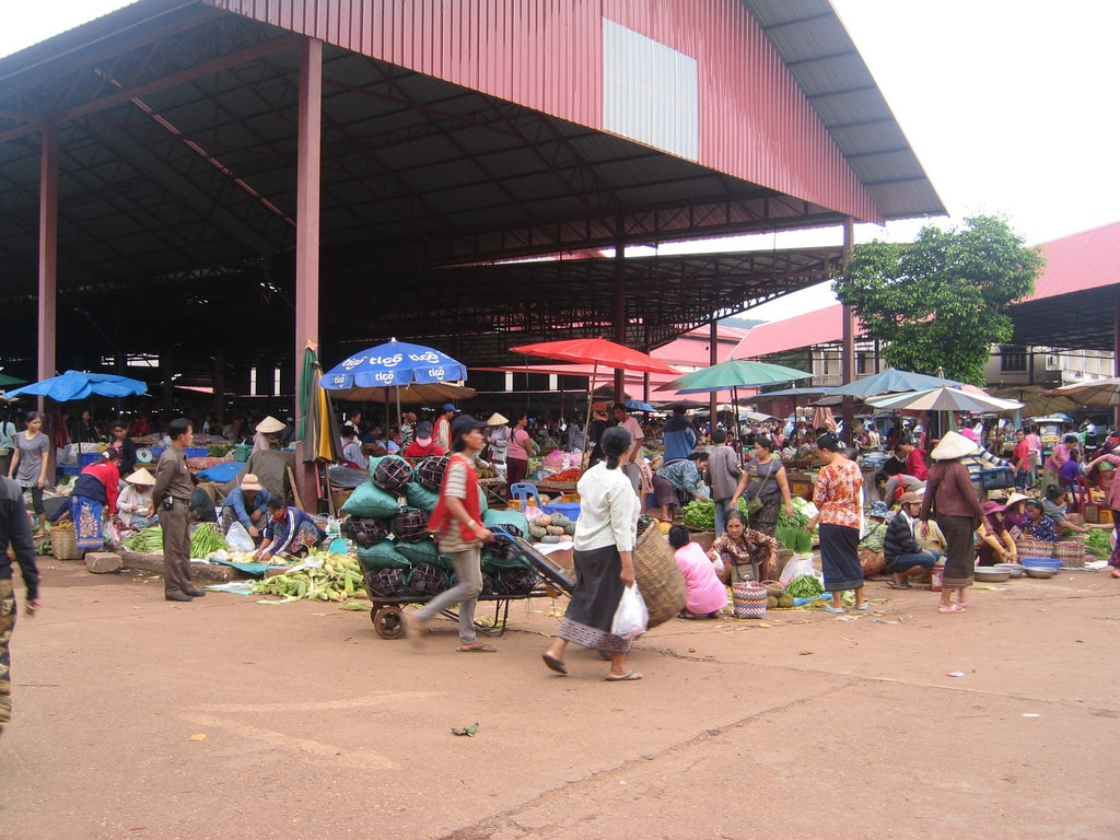 Market, Pakse | © Ken Marshall/Flickr
