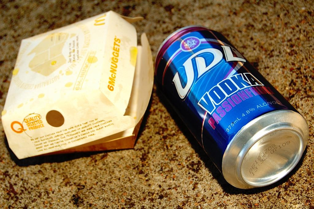 Bogan snack and drink of choice © Flickr / Jes
