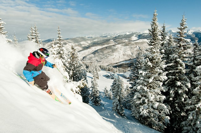 Skiing in Vail | © Snow Snow / Flickr