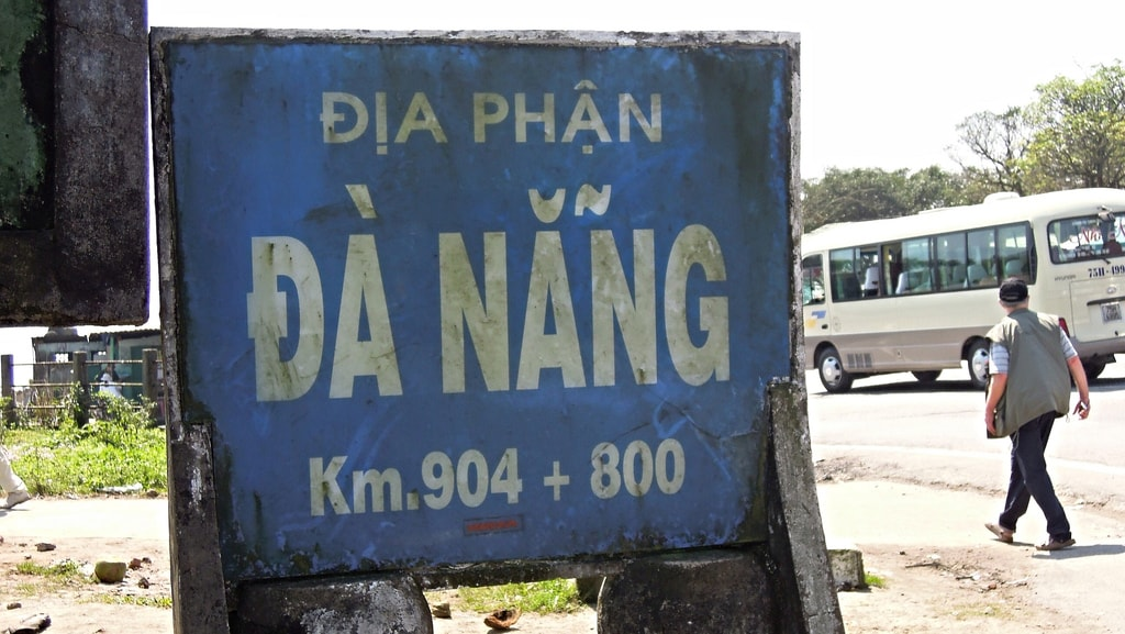 The three different letters for A in Vietnamese | © David McKelvey/Flickr