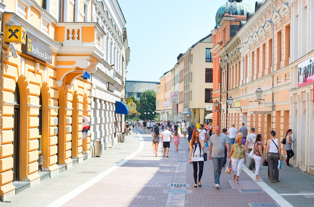 People walking at Old Town street of Banja Luka | © joyfull/Shutterstock