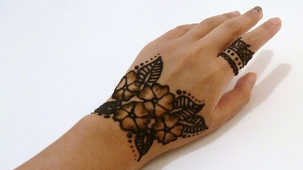 Henna Tattoo Tulsa : Whats a henna tattoo collections