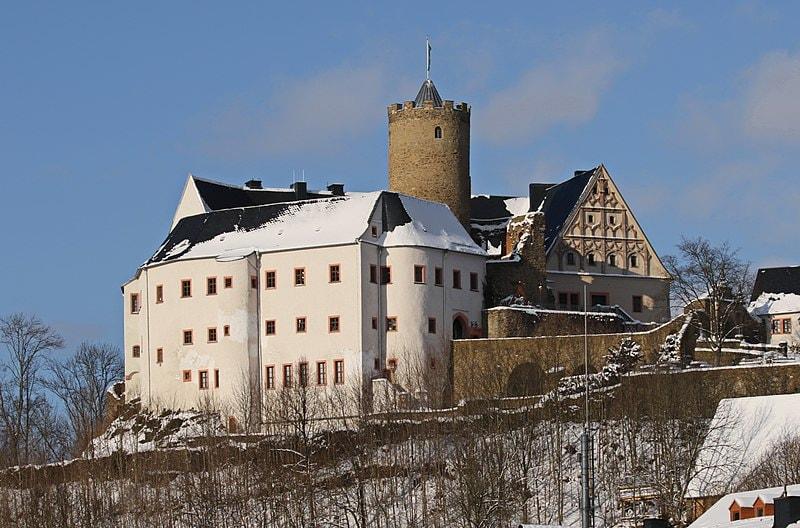 800px-Burg_Scharfenstein_im_Erzgebirge...2H1A4529WI