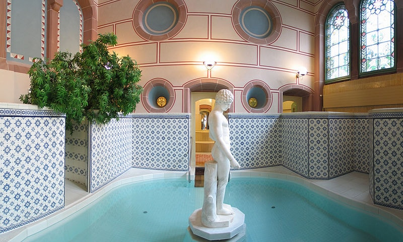 800px-Palais_thermal_bad