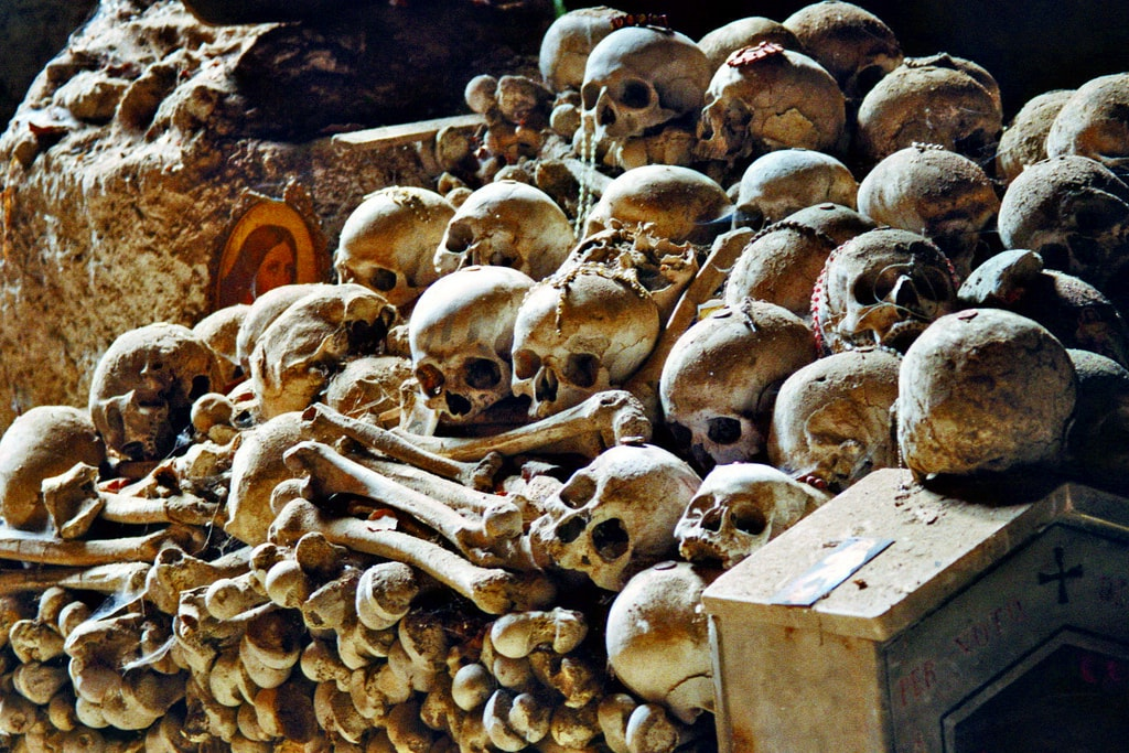Cimitero delle Fontanelle   © Leon Hart/Flickr