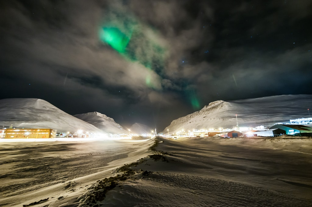 The Aurora Borealis over Longyearbyen   © Christer van der Meeren / Flickr