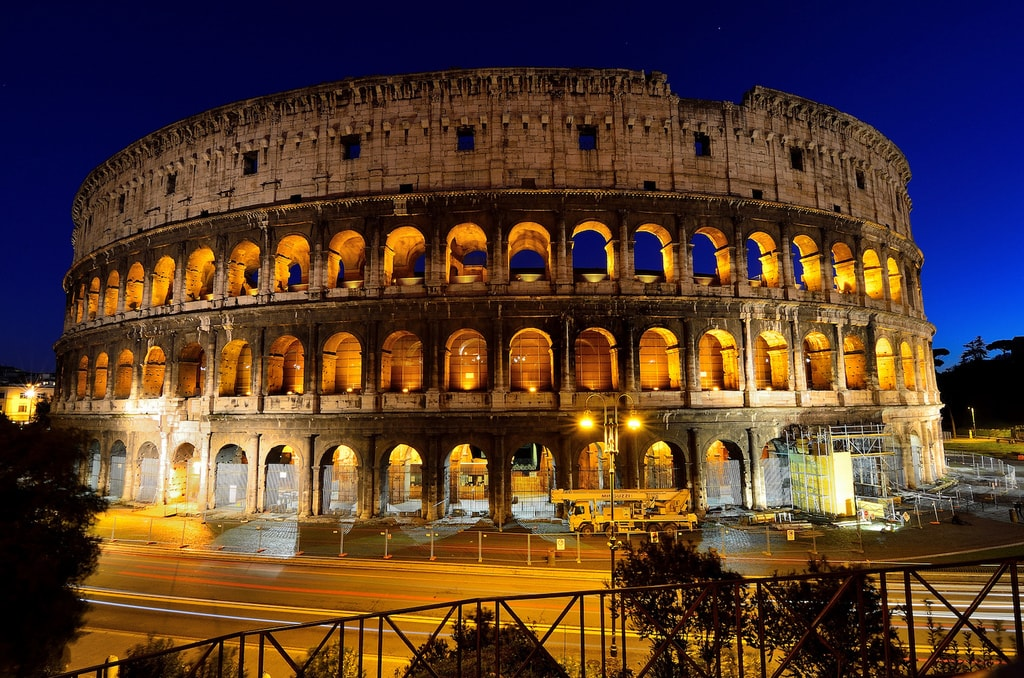 The Colosseum at night   © Javier Vieras/Flickr