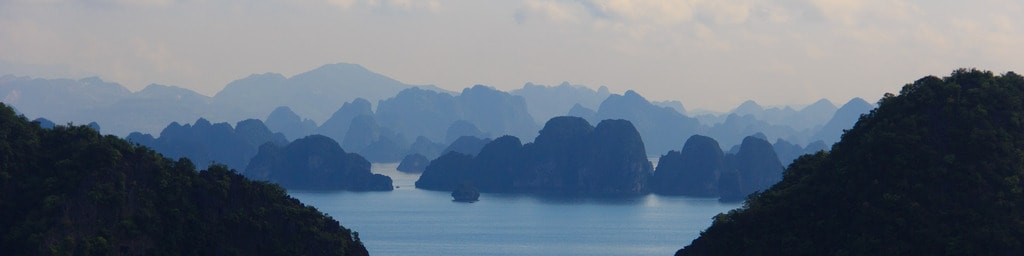 The incomparable Ha Long Bay | © Josep Casas/Flickr