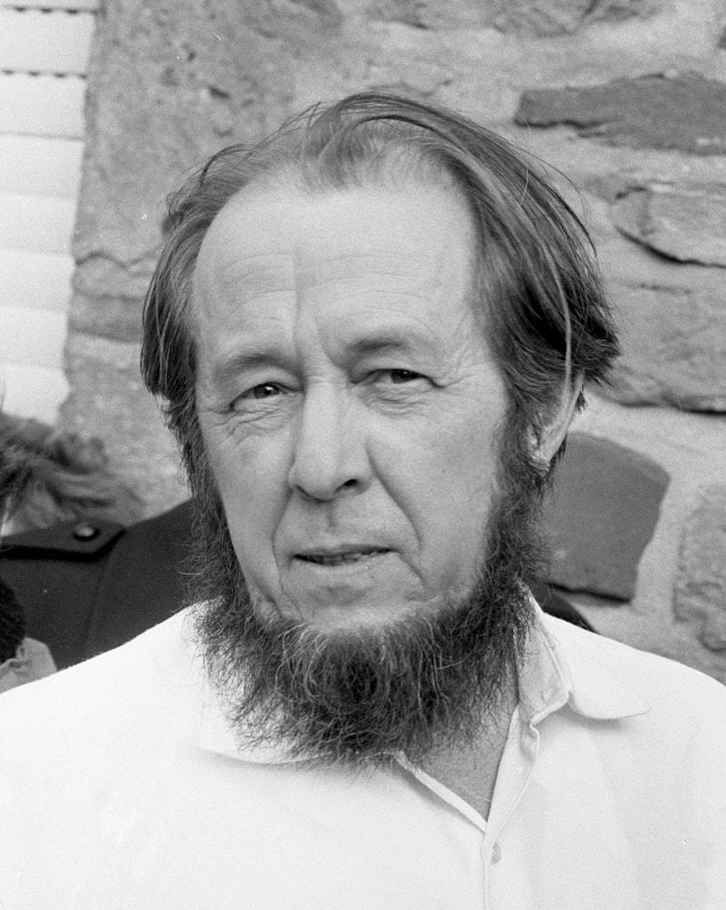 https://en.wikipedia.org/wiki/Aleksandr_Solzhenitsyn#/media/File:Aleksandr_Solzhenitsyn_1974crop.jpg
