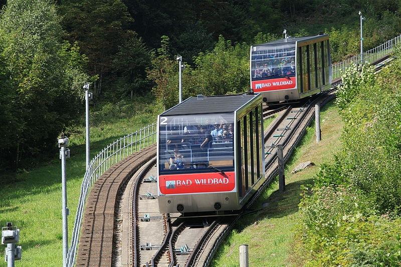 Bad_Wildbad_-_Sommerbergbahn_(Panoramastraße)_11_ies
