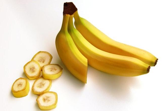 bananas-fruit-carbohydrates-sweet-38283