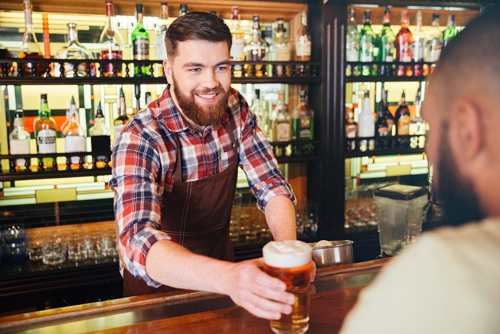Barman serving pint | © Dean Drobot:Shutterstock
