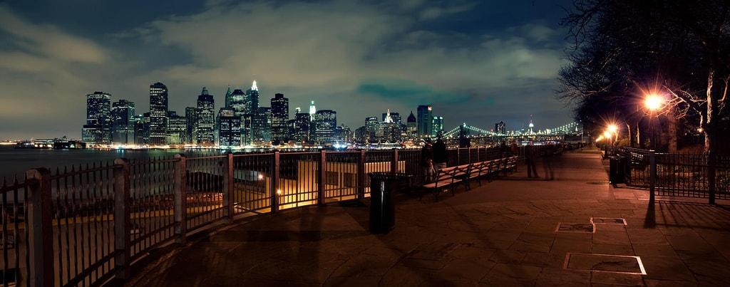 Brooklyn Heights Promenade l Rian Castillo Flickr