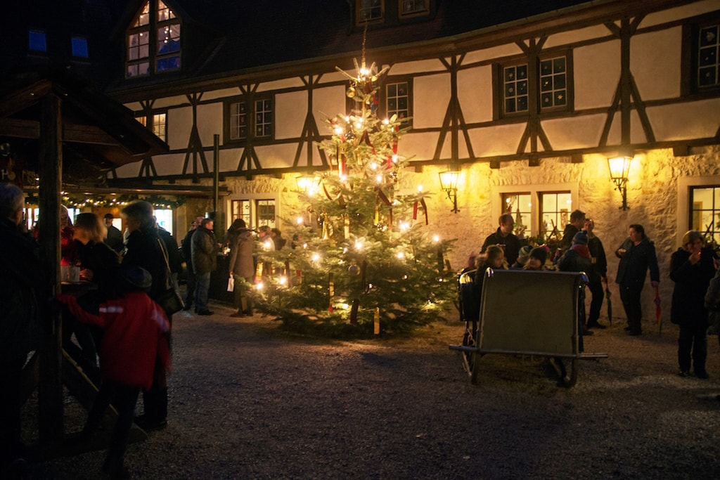 11 magical german christmas markets set in a castle. Black Bedroom Furniture Sets. Home Design Ideas