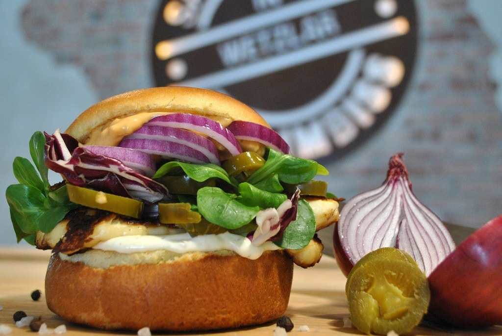 burger-2011303_1280