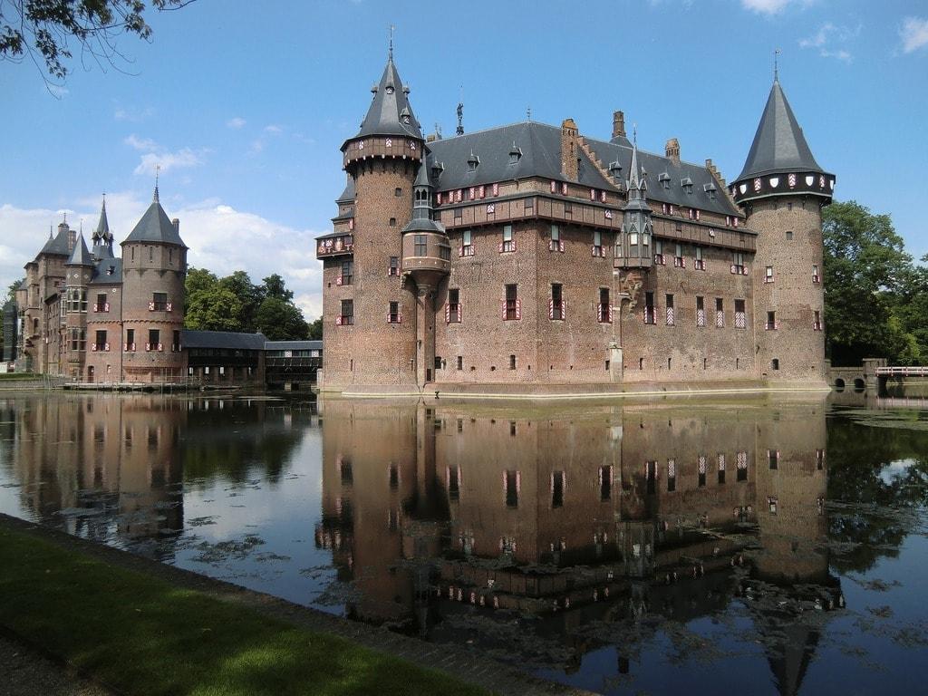 castle-578771_1920