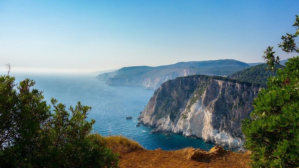 cliff-1699313_1280