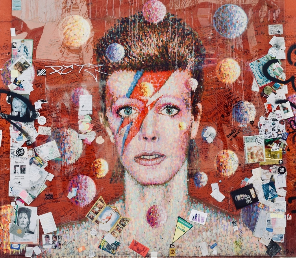 This David Bowie mural is now used as a memorial Ⓒ Angie Quinn