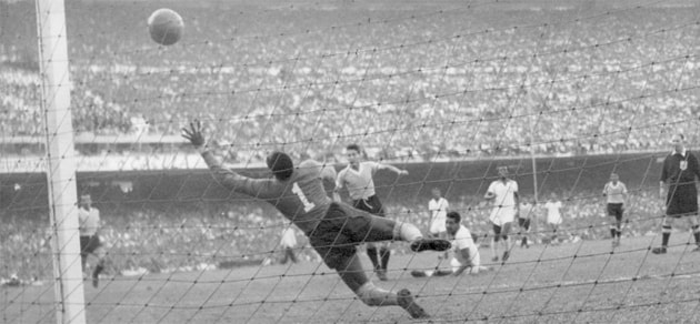Juan Alberto Schiaffino's decisive goal against Brazil