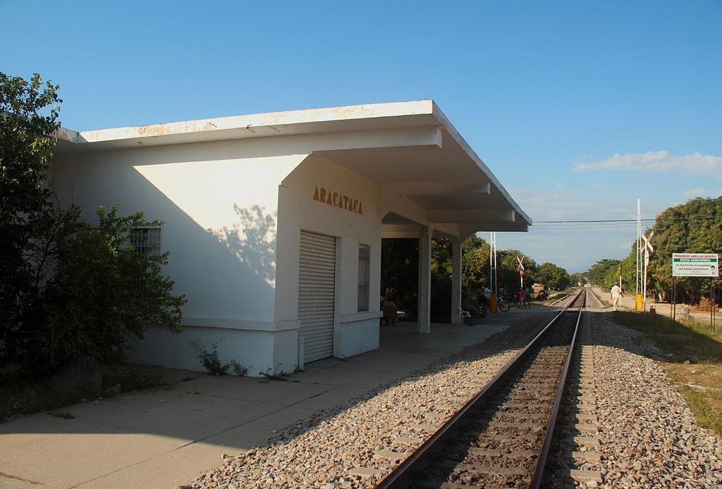 Estación del Ferrocarril, Aracataca, Colombia | © Tecsie/WikiCommons
