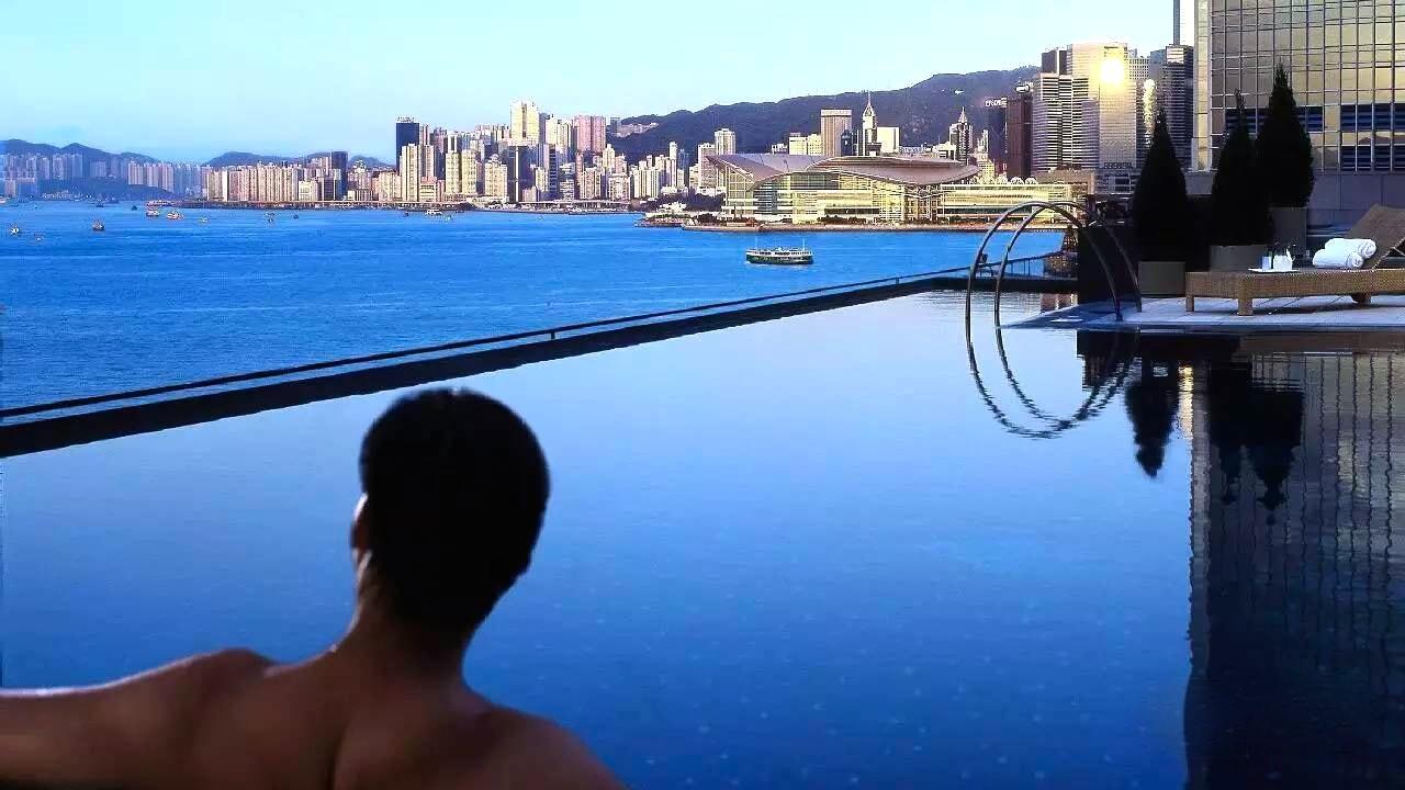 7 best rooftop swimming pools in hong kong - Shanghai infinity pool ...