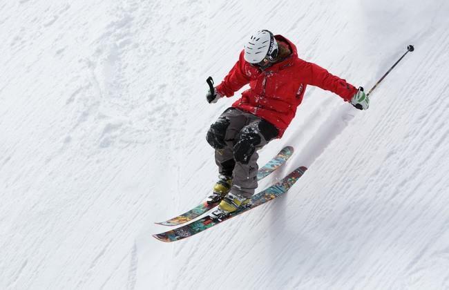 freerider-skiing-ski-sports-47356