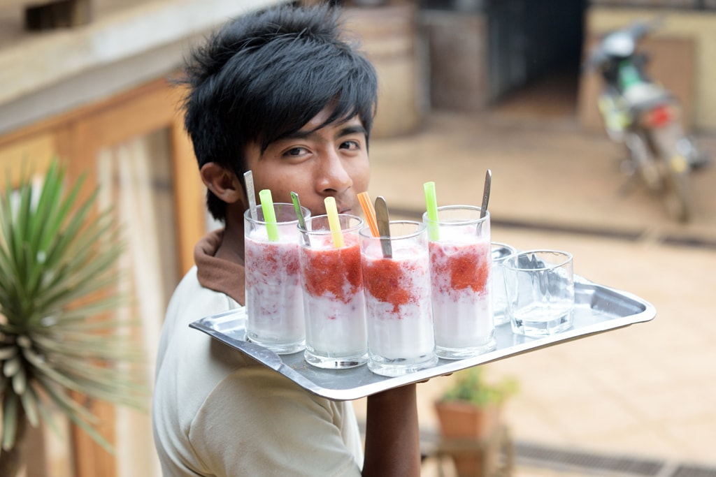 Fresh-Strawberries-and-Cream-at-Pyin-Oo-Lwin
