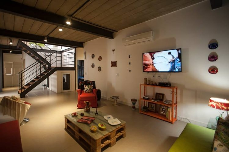 The common area at Gaia Comfort Hostel | (c) Gaia Comfort Hostel