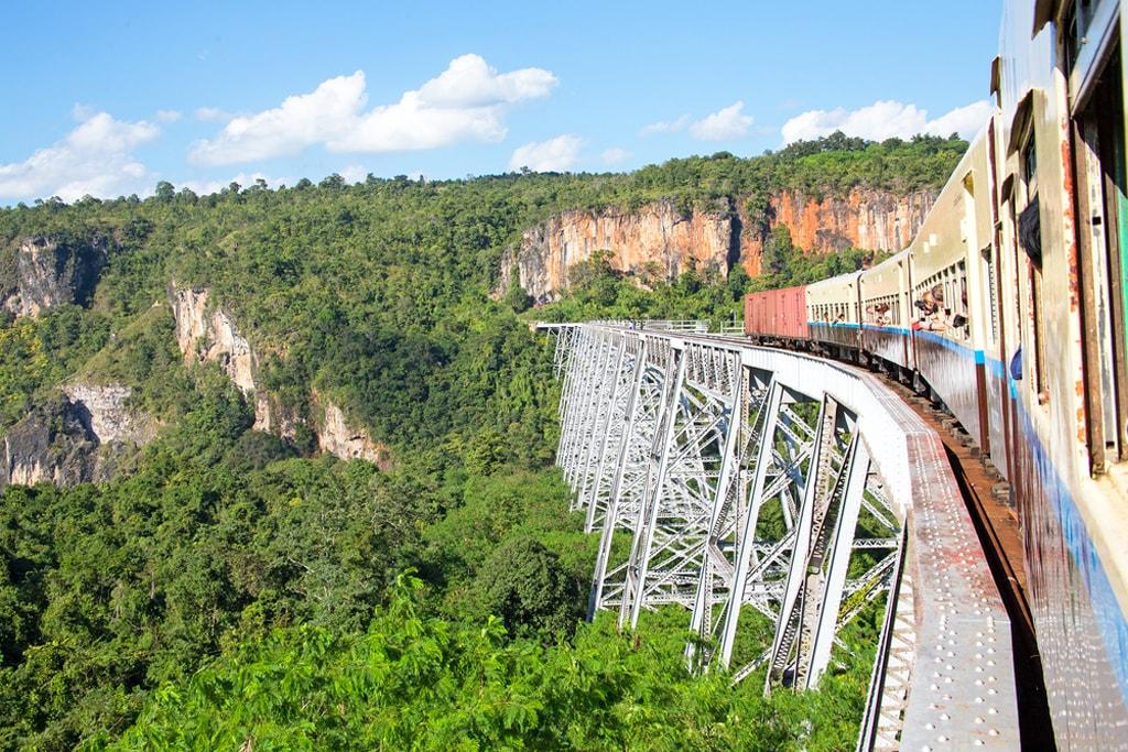Goetik-Viaduct-Shan-State-Myanmar