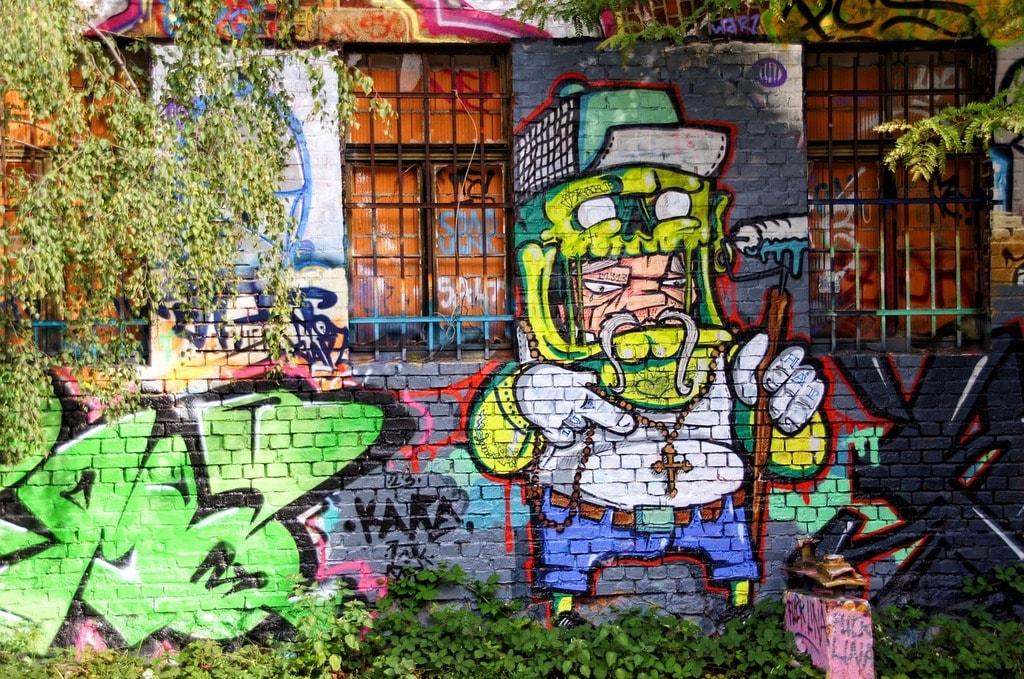 graffiti-939276_1280