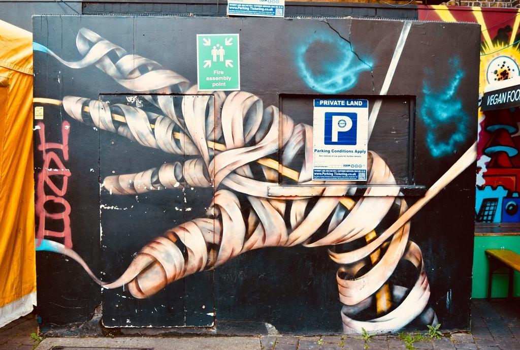 Cool and creepy graffiti © Angie Quinn
