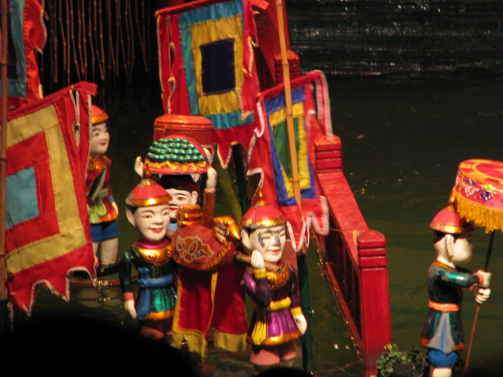 Water Puppet Show | © McKaySavage/Flickr