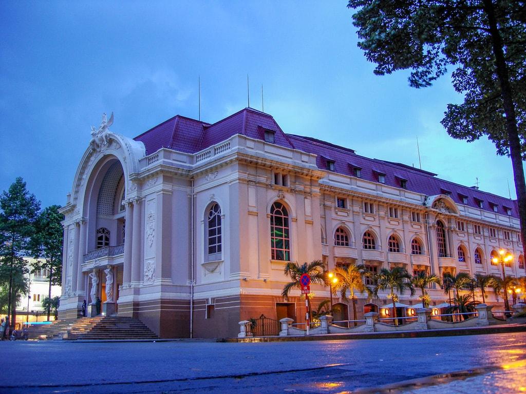 Hanoi Opera House | © Jorge Lascar/Flickr