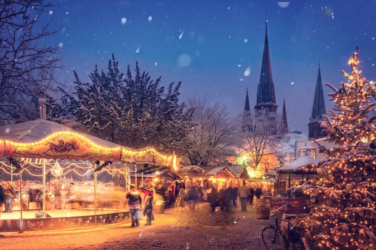 German Christmas Tree.A Brief History Of The Christmas Tree