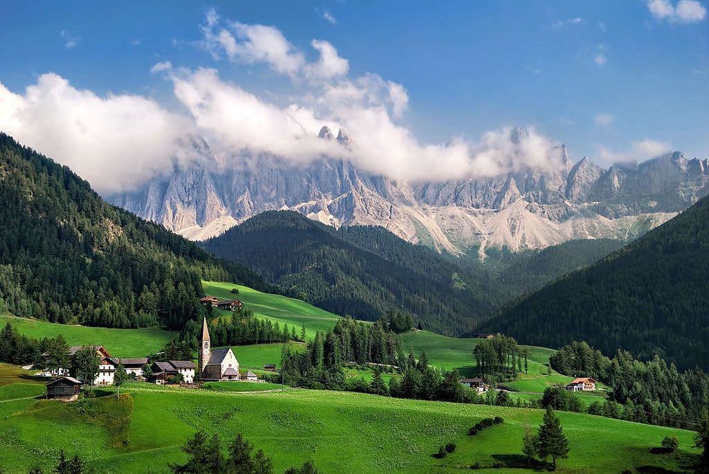 A vista in the Isarco Valley of Südtirol   © Stang89/Flickr