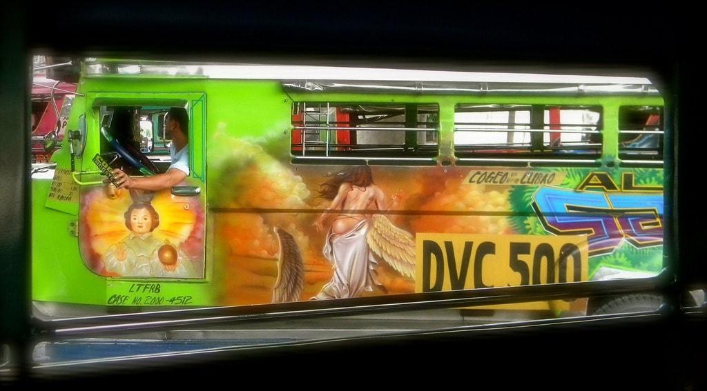 https://pixabay.com/en/jeepney-art-transportation-458939/