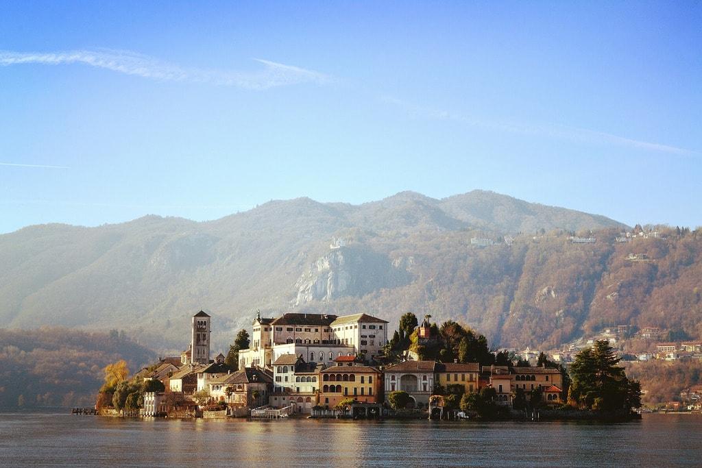 The island of Lake Orta   © Eleanor Albasi/Flickr