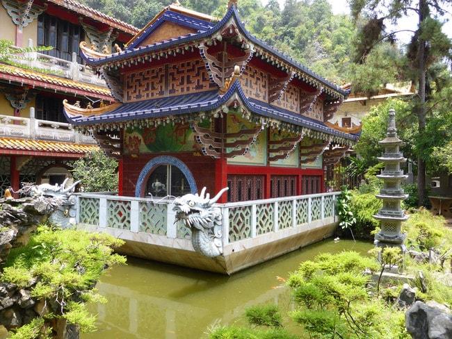 Landscape garden in Sam Poh Tong Temple