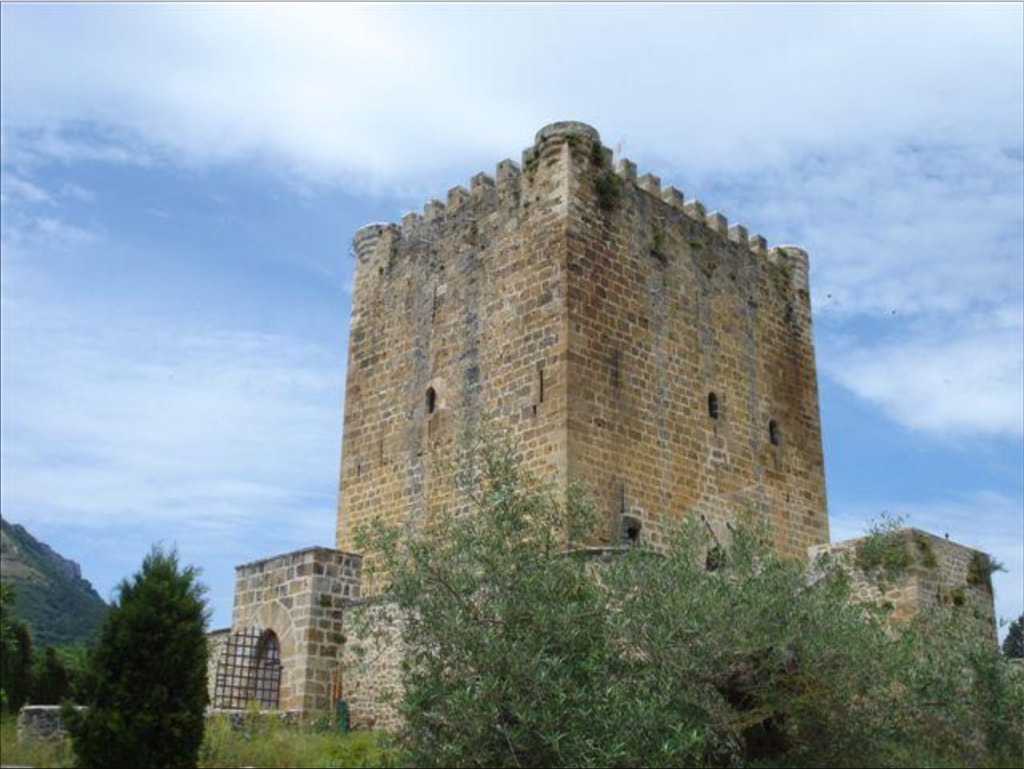 Castillo de los Velasco, Lezana | Courtesy of Tranio.com