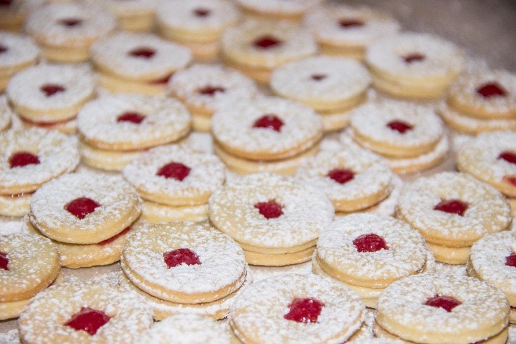 lowres_00000033647-christmas-biscuits-tirol-werbung-Janine Hofmann - Edited