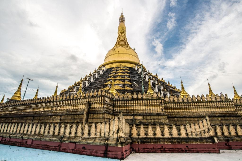 Mahazedi-Pagoda-in-Bago-Myanmar