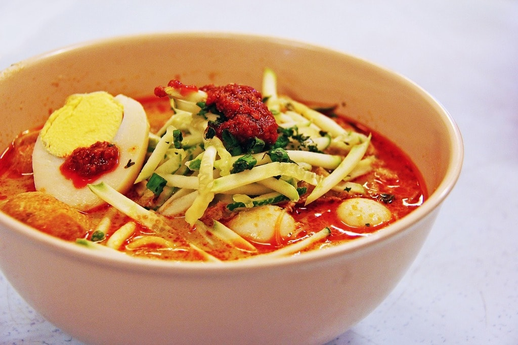 6 Different Types of Laksa to Eat in Malaysia and Singapore
